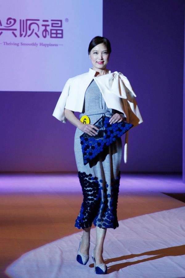 2014首届中国中老年服装设计大赛在校举办 获奖选手签约成为国内首批